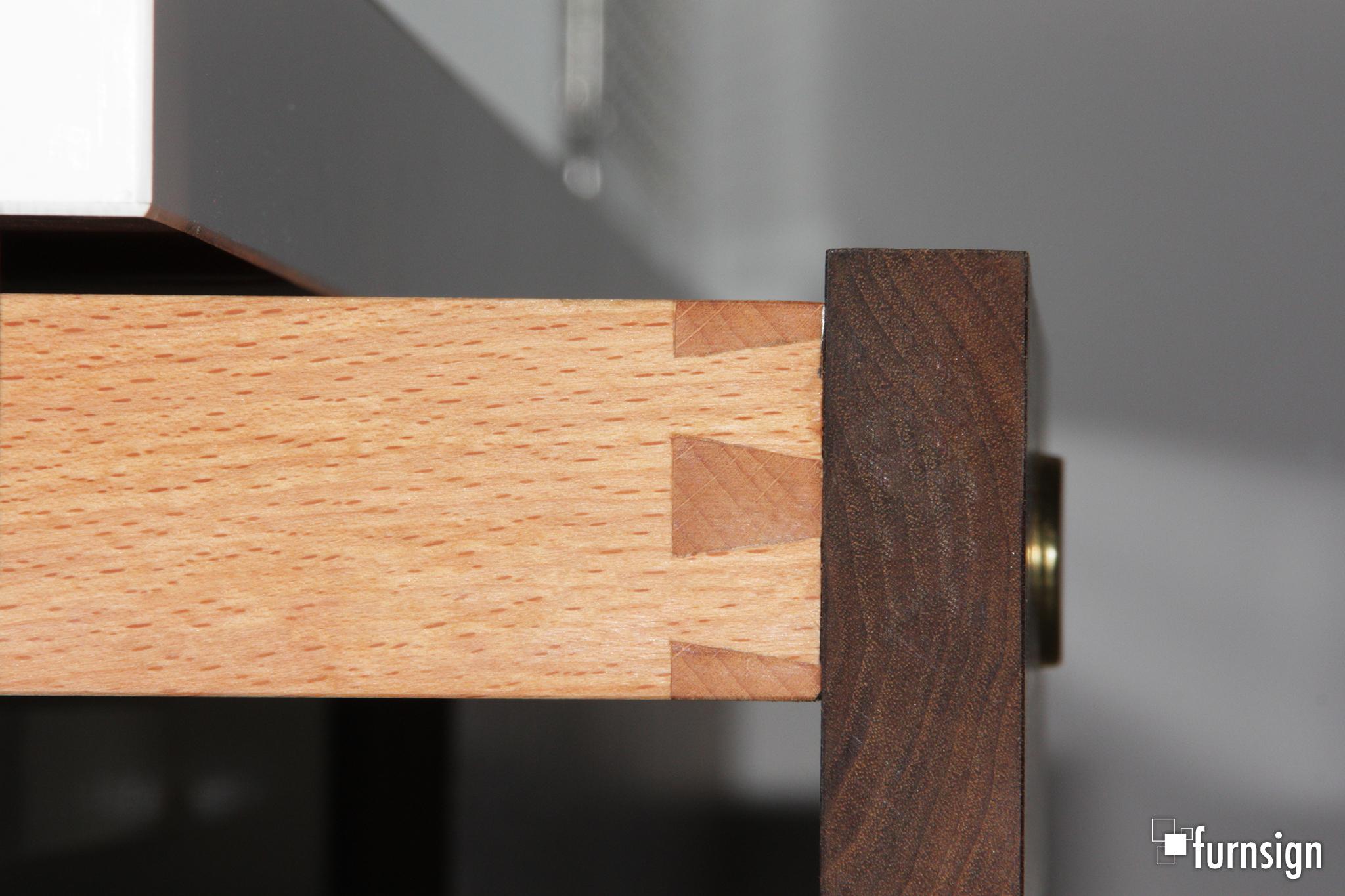 Schreibtisch_in_Nussbaum_8