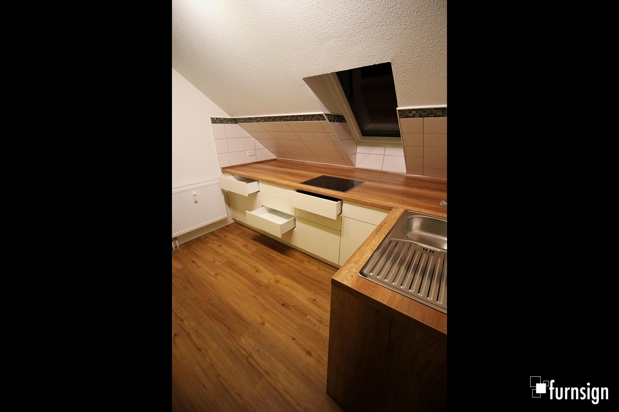 Kueche_Dachgeschosswohnung-03